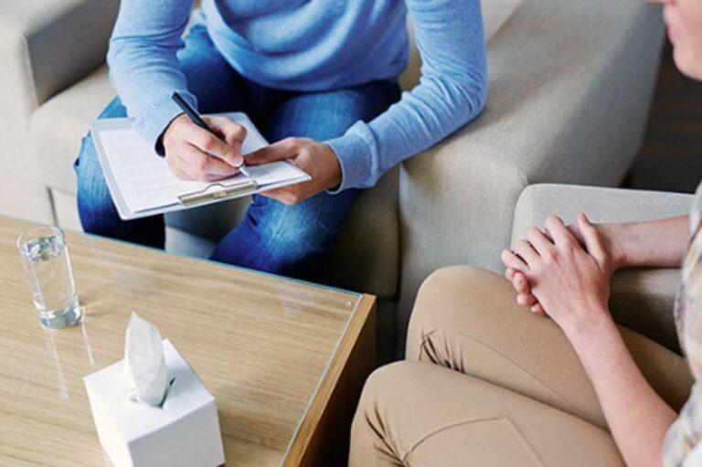 Thérapie de couple ou individuelle: quelle thérapie choisir ?
