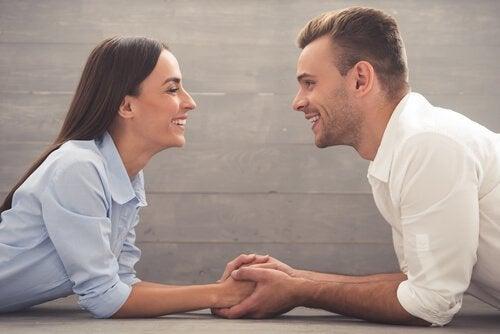 Bien dialoguer en couple et dans toute relation